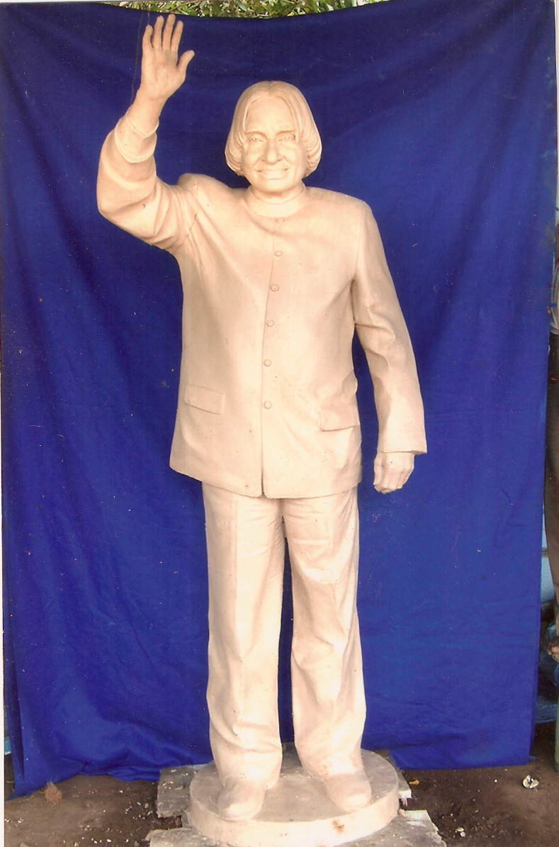 LIFE SIZE CLAY MODEL OF DR.ABDHUL KALAM JI