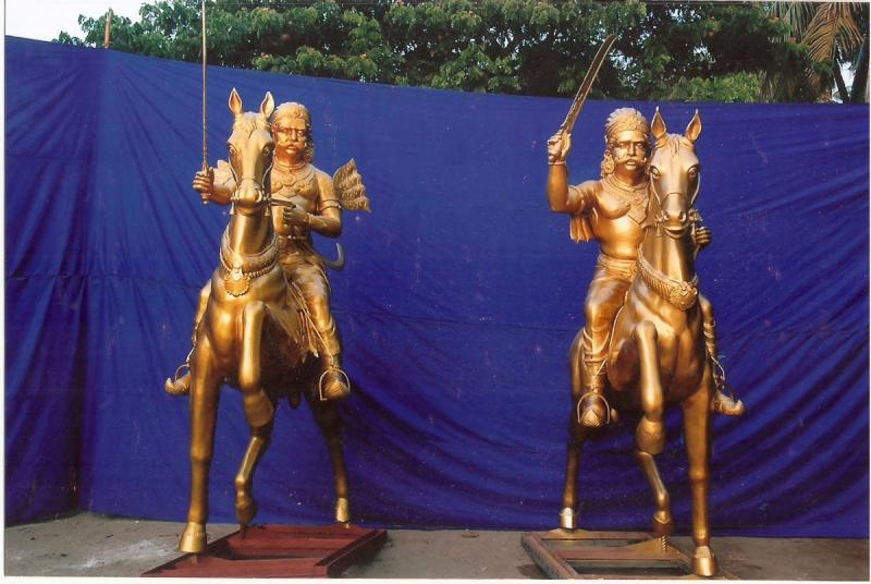 BRONZE STATUE OF HORSE AND KINGS