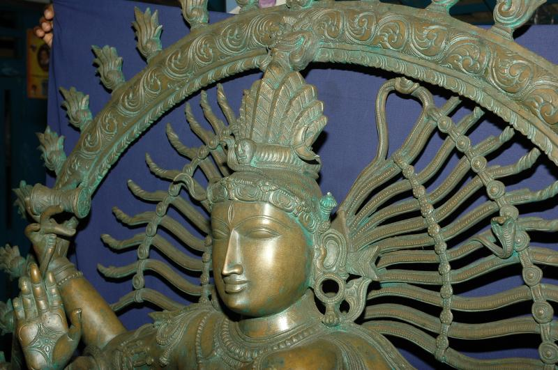 BRONZE NATARAJA CLOSE UP VIEW
