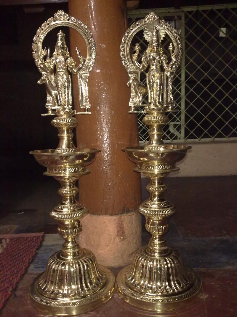 ORNAMENTAL LAMP WITH NAVAGRAHA SET LAMP